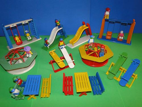lindo parque infantil miniatura parquinho com os bonecos