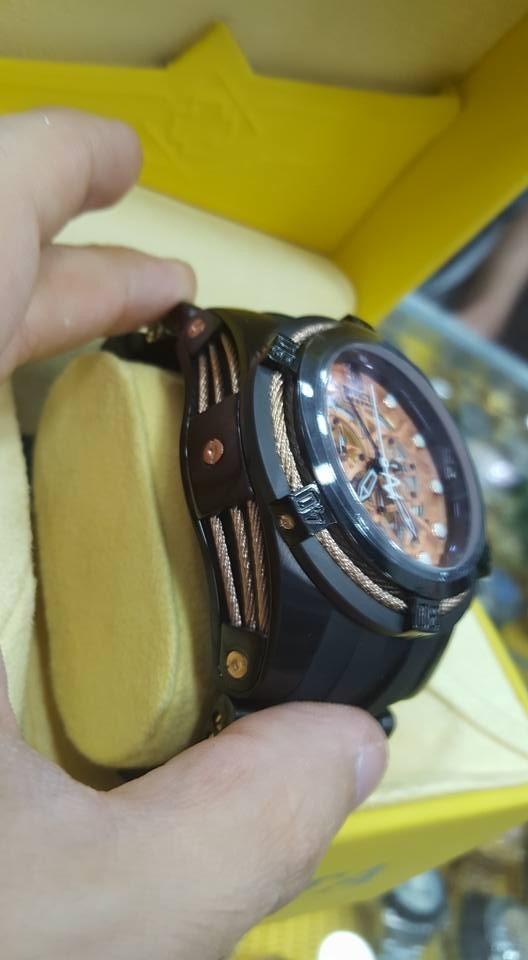 cc628bb44ac lindo relógio invicta zeus bolt preto borracha lançamento. Carregando zoom.