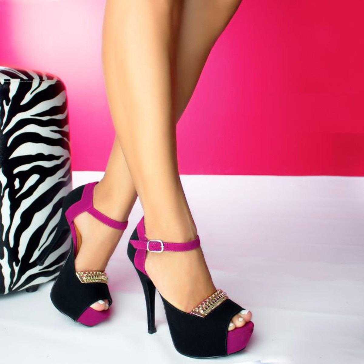 ca260a7f35 lindo sapato feminino scarpin salto alto festa balada top. Carregando zoom.
