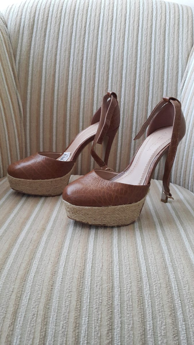 c56f62397 Lindo Sapato Marca Andarella - R$ 149,00 em Mercado Livre