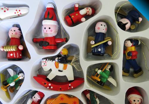 lindo set adornos navideños colgables - madera - 24 figuras