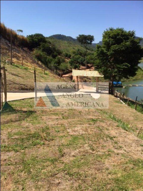 lindo sítio à beira da represa paraibuna - aa15392