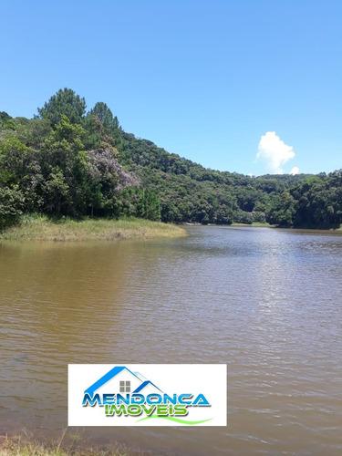 lindo sítio com vista panorâmica na beira da represa