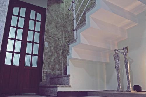 lindo sobrado - 3 dormitórios (3 suites), bairro demarchi - próximo á paróquia santa maria. - so18814