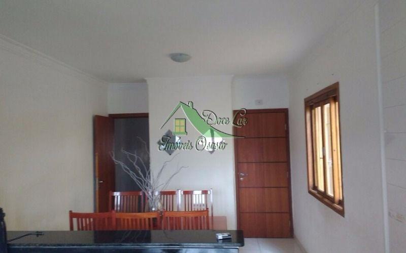 lindo sobrado 3 dormitórios com suite. centro de jandira.