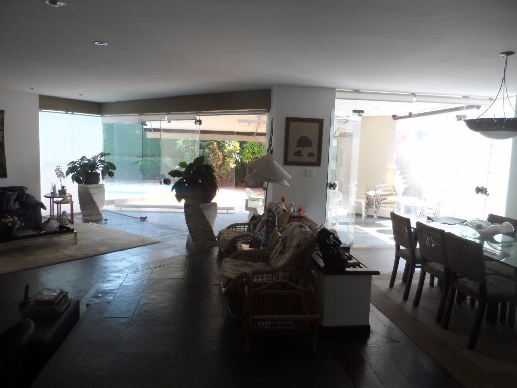 lindo sobrado 5 suítes - jardim acapulco - praia de pernambuco - guarujá - so0039
