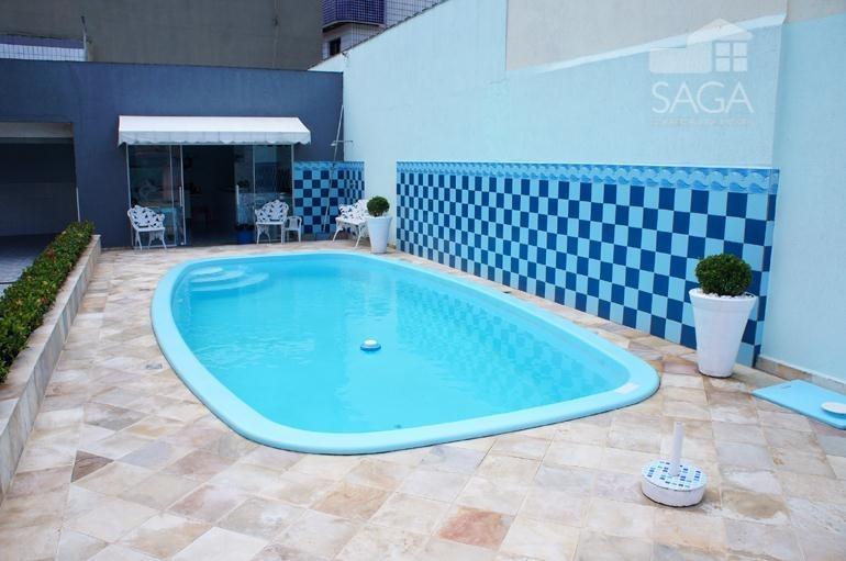lindo sobrado á 200m da praia, 4 dormitórios, piscina, churrasqueira, campo da aviação, praia grande - so0040. - ca0217