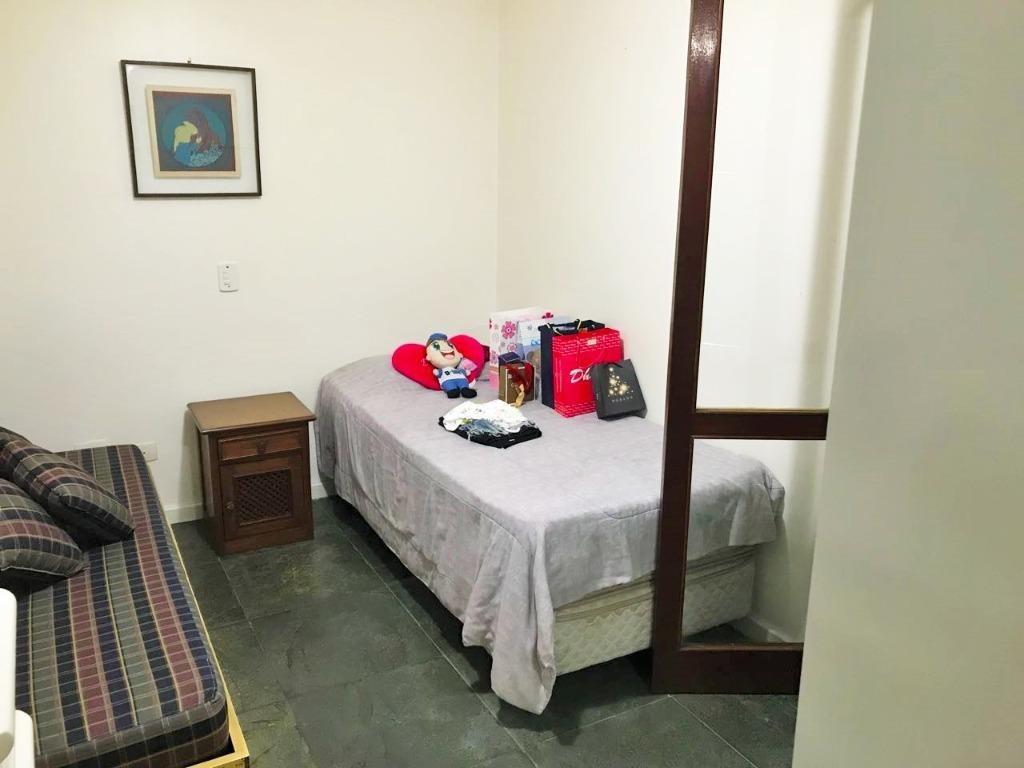 lindo sobrado a venda na praia das pitangueiras - 3 dormitórios - 3 vagas - guarujá - ca0284