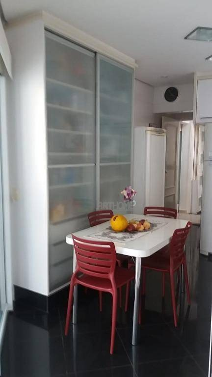 lindo sobrado com 4 dorm. à venda, 329 m², em condomínio fechado, são caetano do sul/sp - so0257