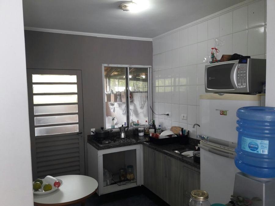 lindo sobrado de 2 dormitórios com armários. ref 62915