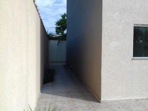 lindo sobrado em condomínio no bairro suarão, em itanhaém