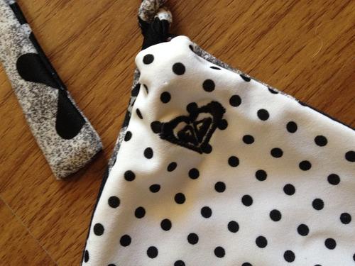 lindo top de bikini roxy print negro blanco t/ m