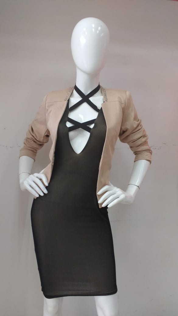 2a9f674b9b Lindo Vestido Color Negro   Dorado