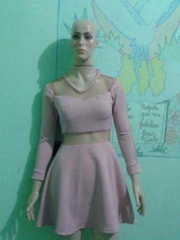 lindo vestido com tule