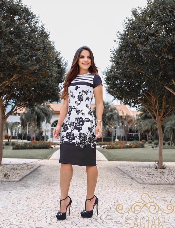 76fa4a7886 Lindo Vestidos Tubinho Bicolor Moda Evangelica - R  149