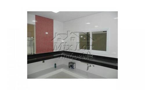 lindo(a) casa de 0 m² no bairro km 18 na cidade de osasco - sp. com 3 dormitório(s), sendo 1 suite(s), 1 banheiro(s), 1 sala(s), 1 cozinha(s), 2 vagas(s) de garagens