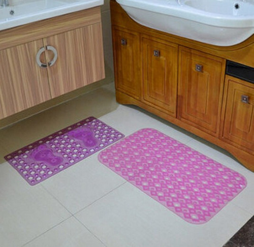 lindos tapetes antiderrapantes para banheiro