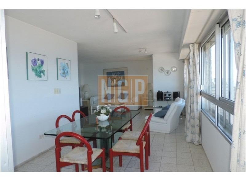 linndisimo decorado con todos los servicios piso alto vista total al mar-ref:1159