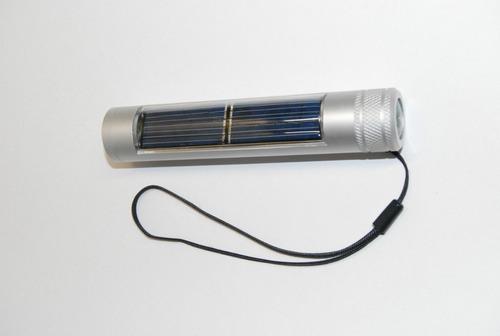 linterna solar con brujula