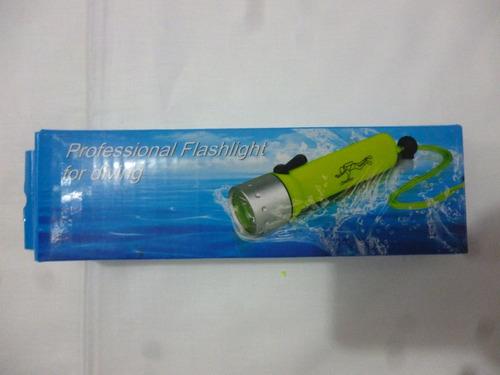 linterna submarina acuatica buceo brillante led cree