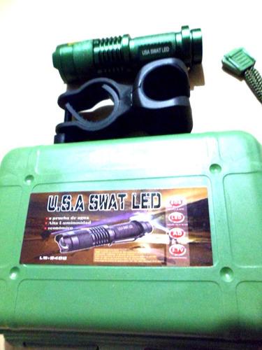 linterna swat táctica, zoom, resistente al agua, con montura
