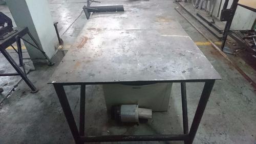 liquido!!! taller. banco con soporte para motores.