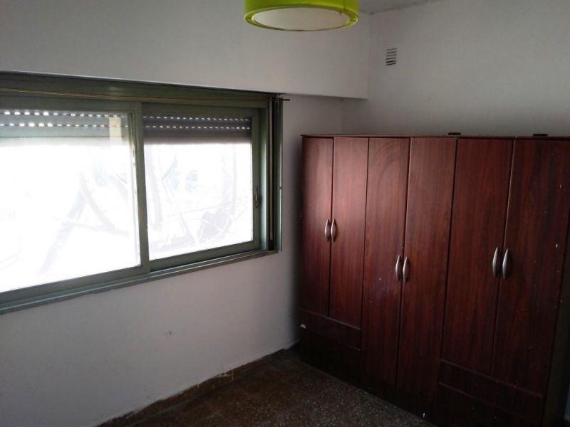 living, 3 dormitorios y cocina independiente