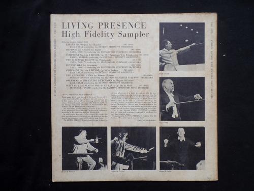 living presence sampler - españa  - lp
