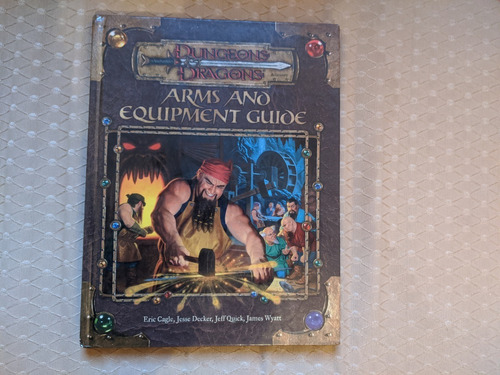 livro dungeons and dragons  - arms and equipment guide