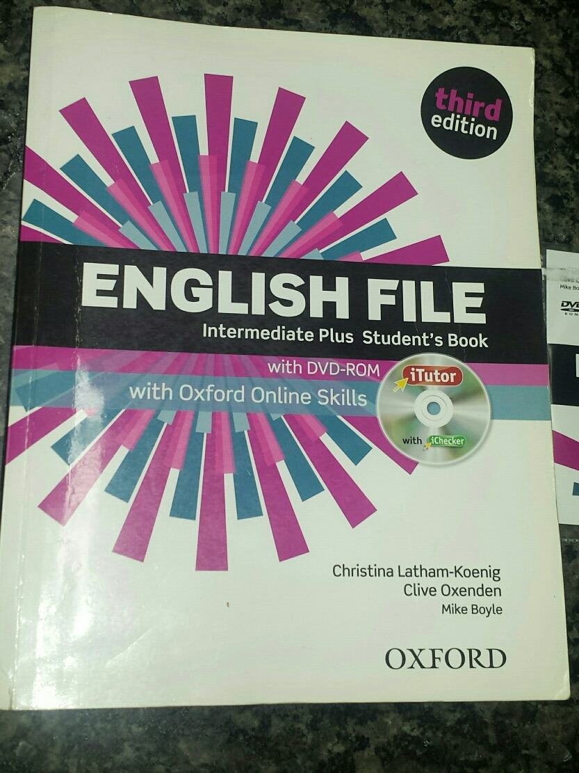 English File Intermediate Plus Students Book