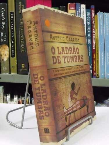 livro - o ladrão de tumbas - antonio cabanas
