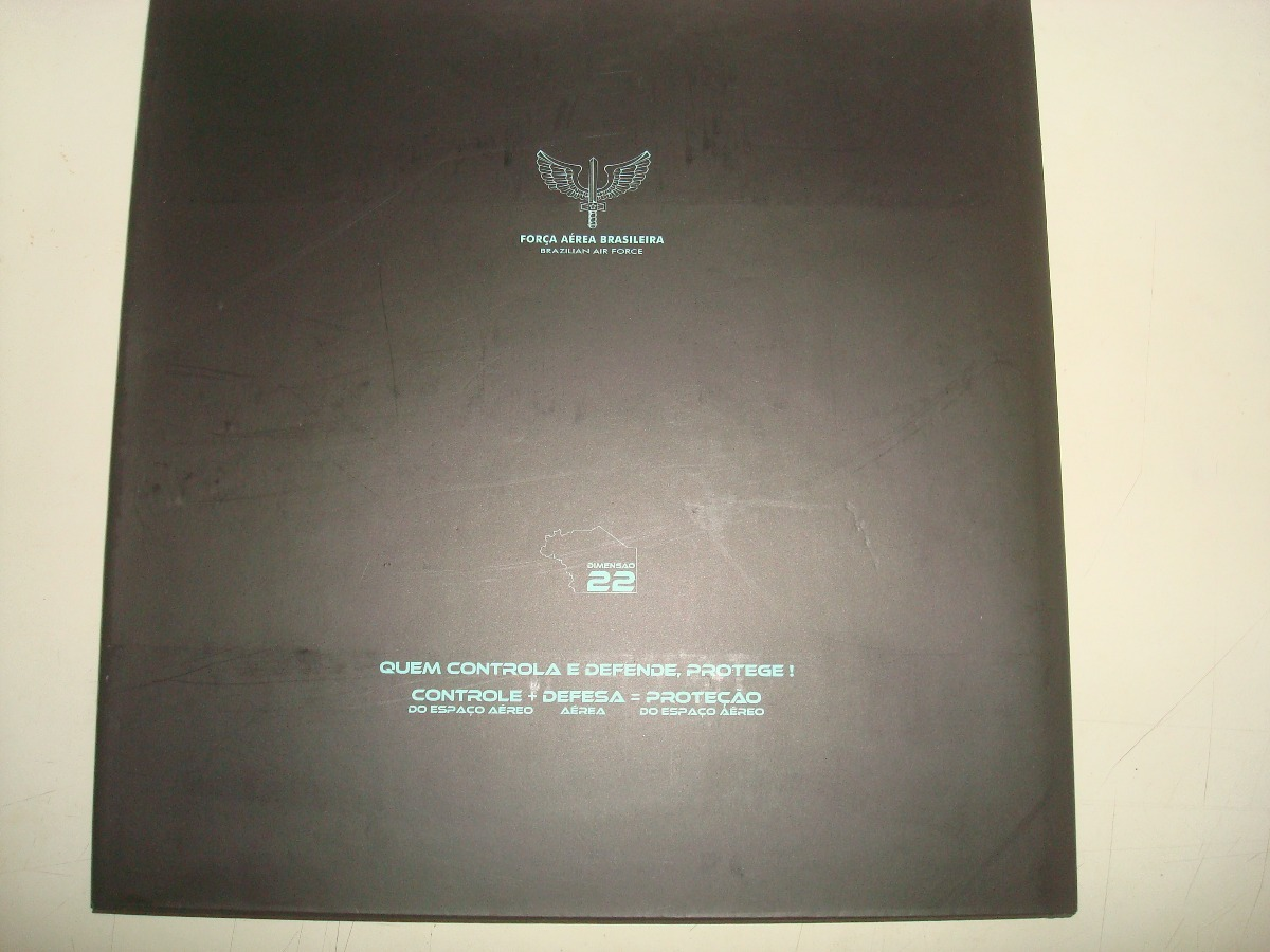 Livro Raro + Caderno Asas Que Protegem O País - 2013 - - R  100 e8b680f5e8c
