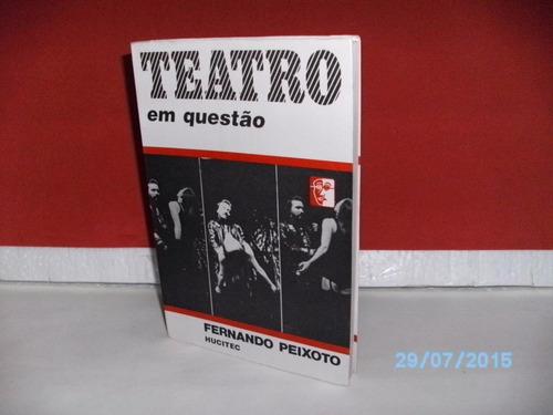 livro teatro em questão - fernando peixoto - foto real