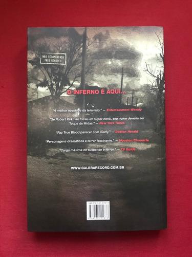 livro - the walking dead: o caminho para woodbury