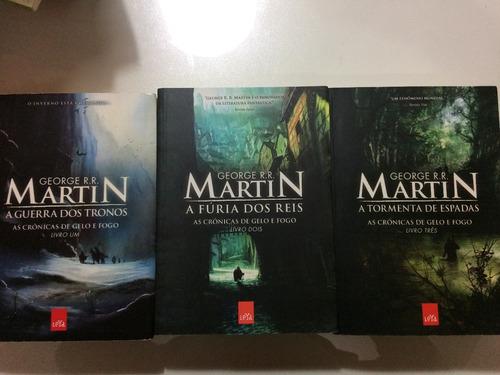 livro: trilogia as crônicas de gelo e fogo - george martin