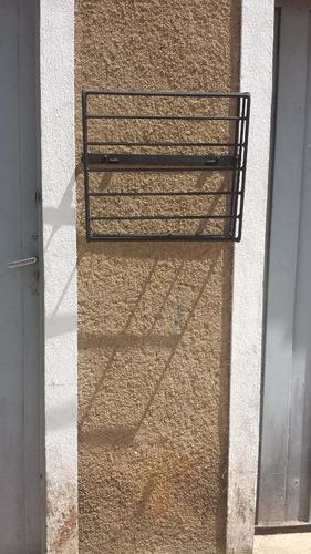 lixeira retrátil p/ parede e grade de portões/ frete grátis