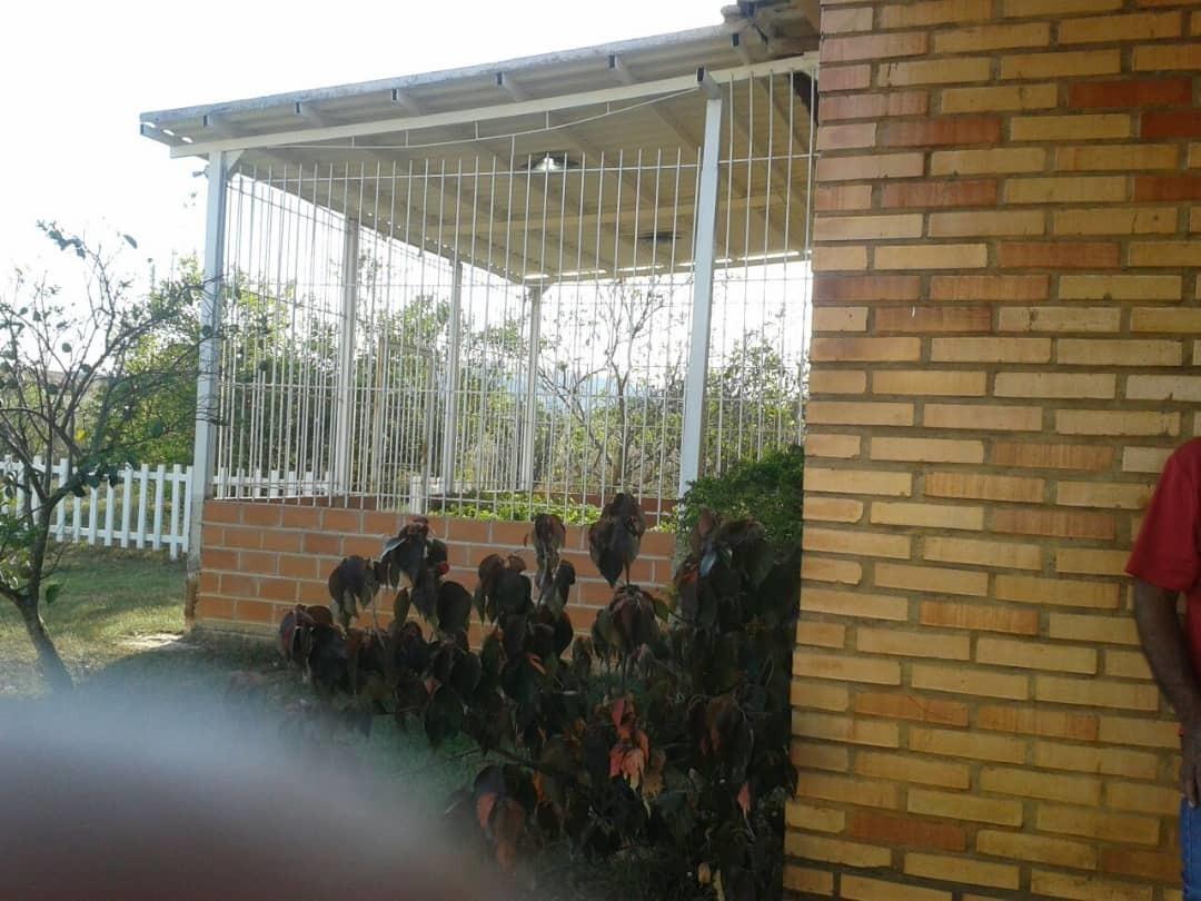 l&l2000 vende: parcela en safari carabobo