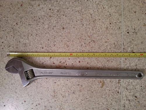 llave ajustable marca irega modelo  77- 24