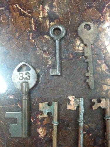 llave antigua en hierro y bronce precio x c/u