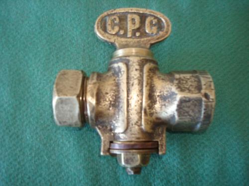 llave de agua antigua