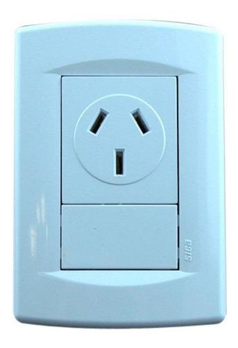 llave de luz sica life con toma de 20 amp