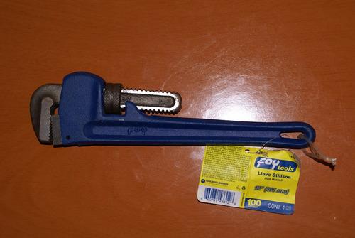 llave de tubo 12
