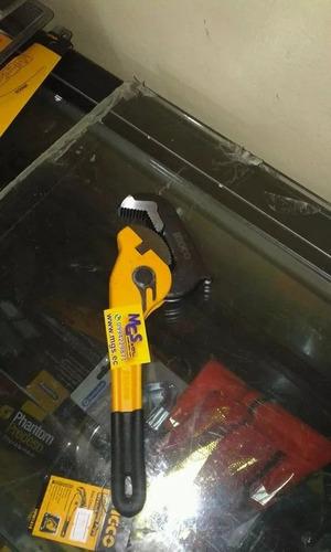 llave de tubo ratcheting marca ingco.