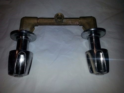 Llave ducha para agua caliente y fria bs 6 50 en for Llave de agua para ducha