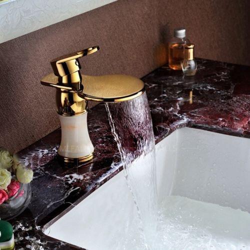 llave grifo baño lavabo dorado marmol 4