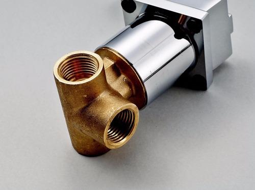 llave grifo de baño a muro pared llave monomando diseño