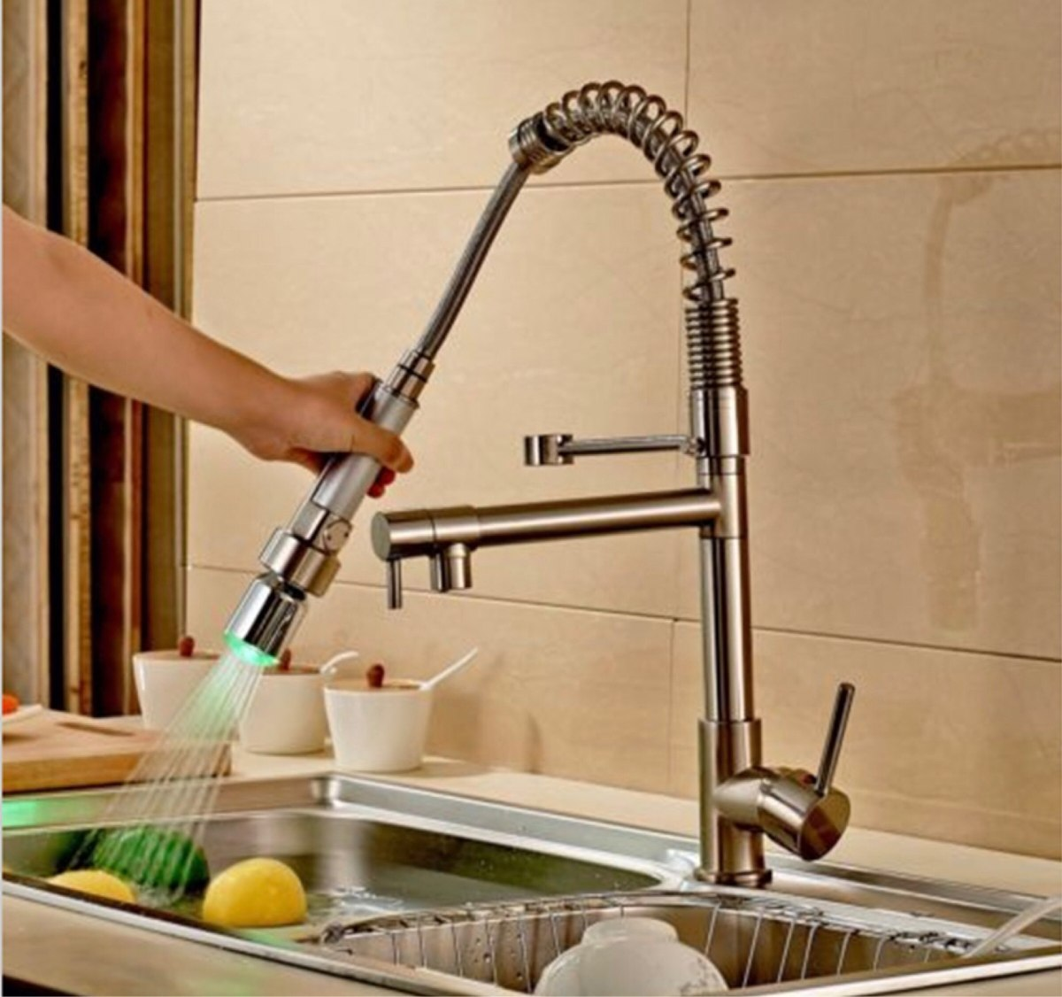 Llave mezcladora monomando grifo cocina niquel c led r0 for Llaves mezcladoras para cocina