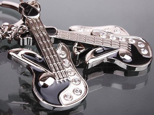 llavero de guitarra de acero inoxidable