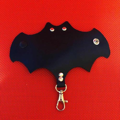 llavero murciélago 100% piel