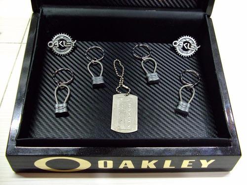 llavero oakley padlock metalic keys original